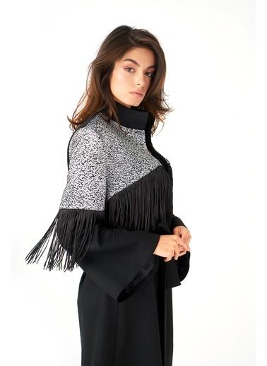 Women&Women Jakar Ve Saçak Detaylı, Astarlı Uzun Siyah Gabardin Ceket Siyah